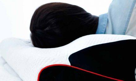 Est-il bon de dormir sans oreiller?