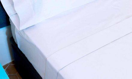 Pourquoi dormir avec des draps blancs